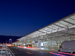 Santiago´s Airport is calmer by night