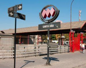 Estação de Metrô Santa Ana Santiago do Chile i